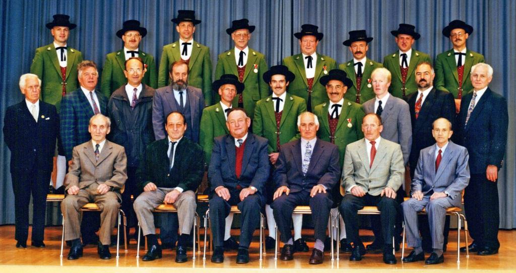 Ehrenmitglieder 1996.JPG