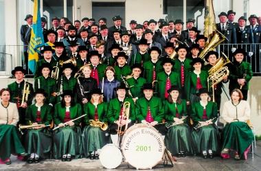 Gruendungsfest und Trachteneinweihung 2001