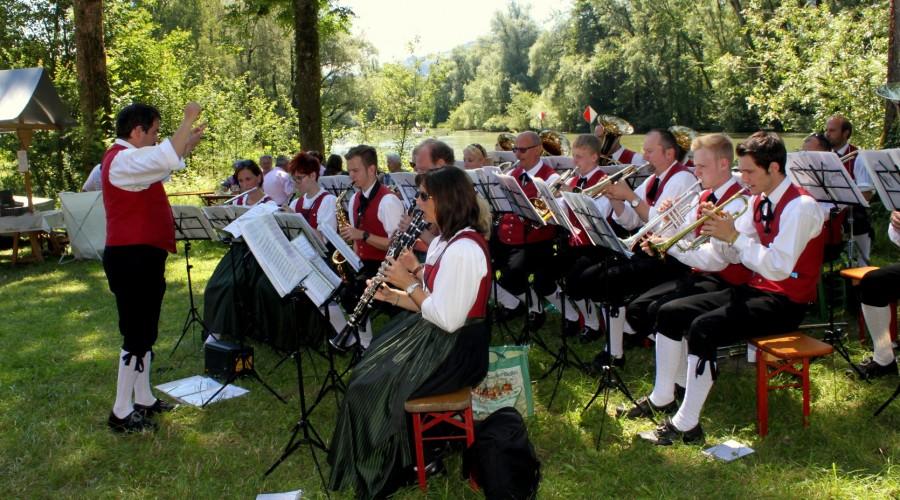 2015_06 | Frühschoppen beim Männerchor