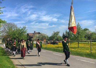 Maiblasen - Marschmusik durchs Dorf